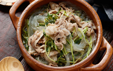 豆苗のフォー風春雨スープ