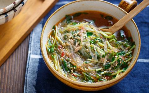 豆苗の担々風春雨スープ