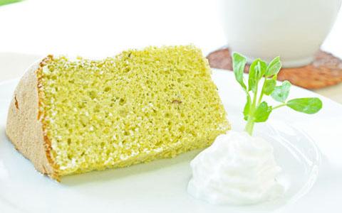 豆苗シフォンケーキ