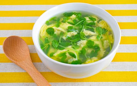 豆苗のふわ玉スープ