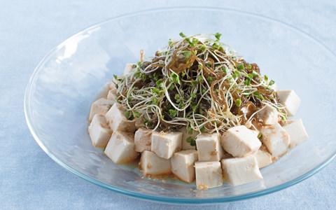 スプラウトともずくの豆腐サラダ