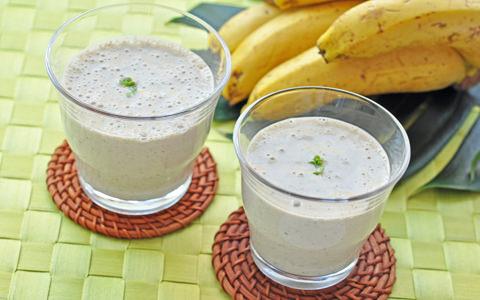 スーパースプラウト豆乳バナナジュース
