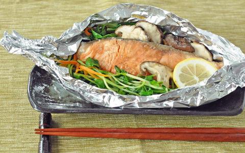 豆苗と鮭のホイル焼き