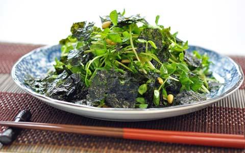 豆苗と韓国のりのサラダ