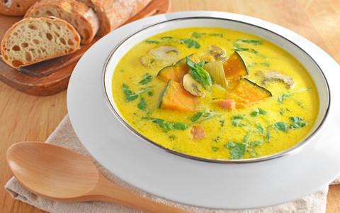 豆苗とかぼちゃのミルクスープ