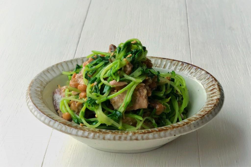 鯖缶納豆サラダ 横
